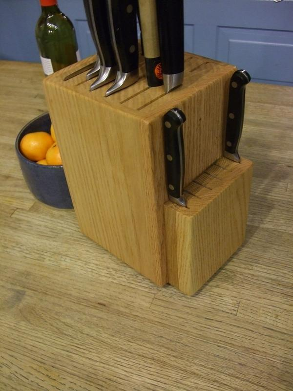 Knife Block 1